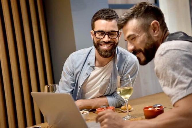 socios gastos personales