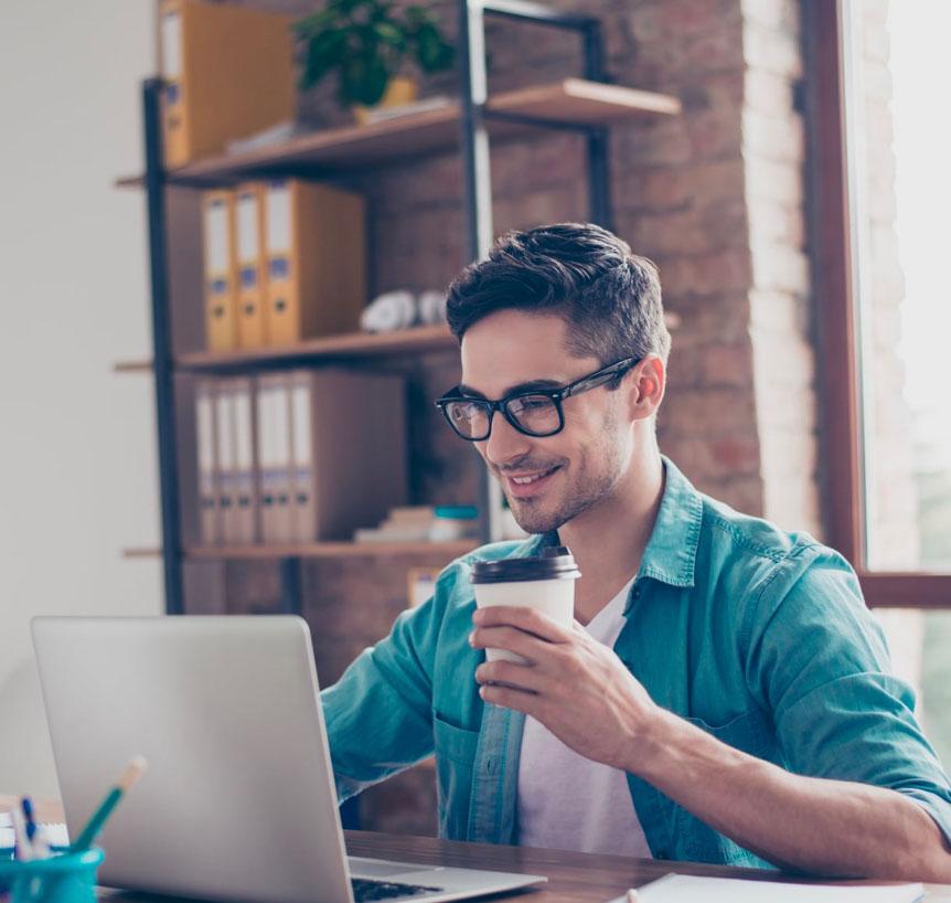 Envía facturas y genera tus impuestos en segundos